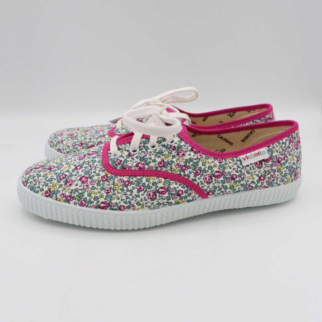 Teniși cu imprimeu floral roz