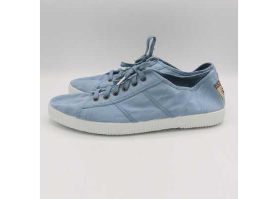 Teniși bleu cu modele cusute
