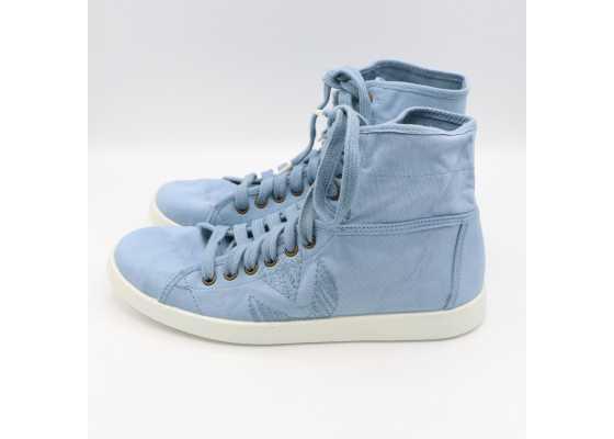 Teniși înalți bleu - cu defect