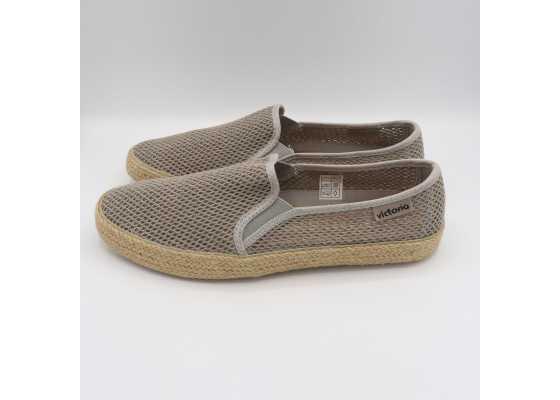 Pantofi slip on gri cu model plasă