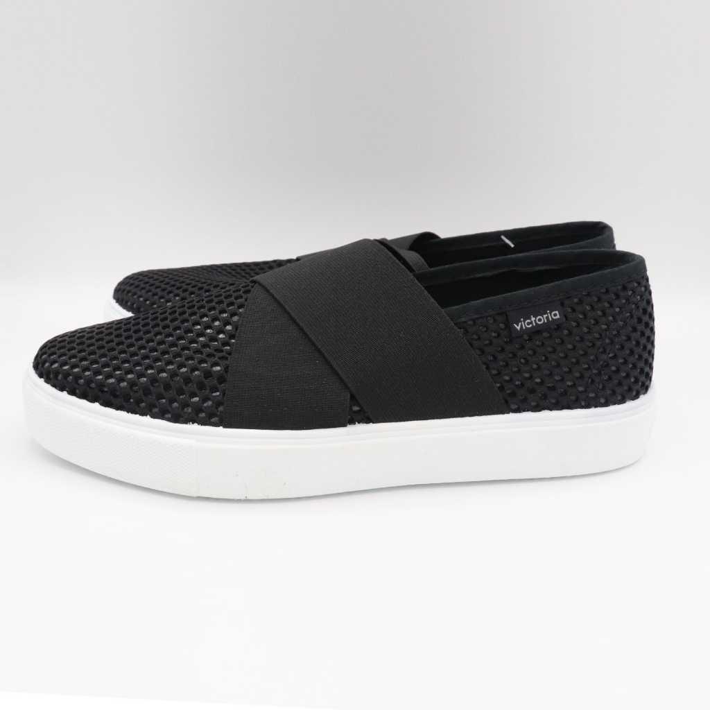 Pantofi slip on negri cu elastic lat în formă de X