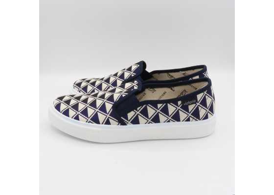Pantofi slip on lurex cu model geometric